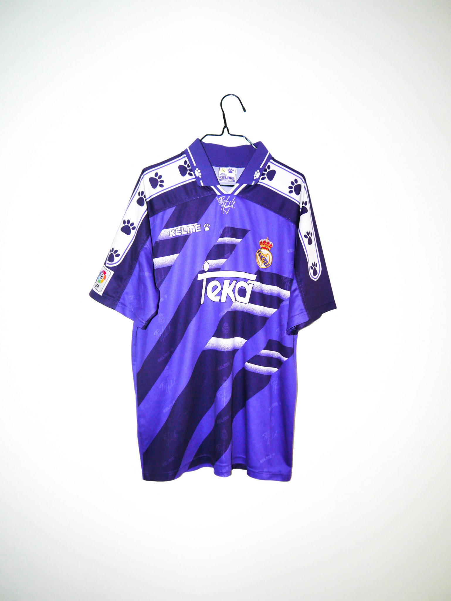 a8d685285 Home / Shop / Spanish Clubs / Real Madrid / Original 1994-96 Real Madrid  away jersey – L